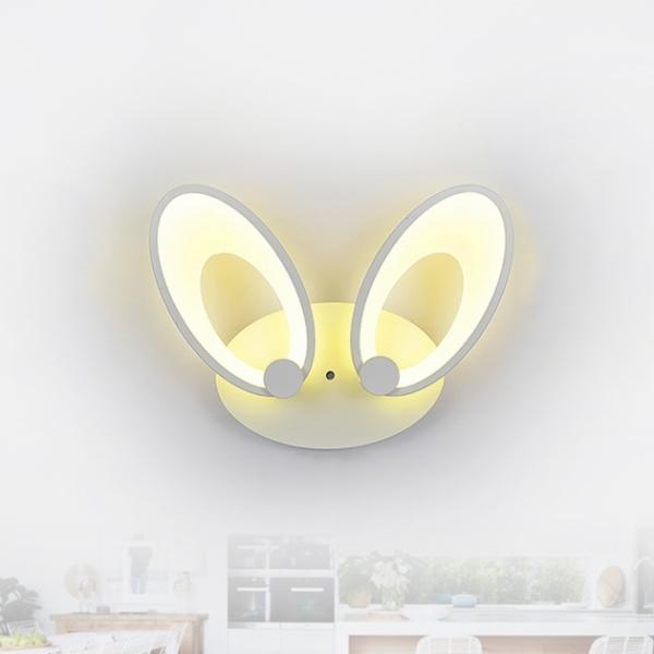 Both 兔耳壁燈 1
