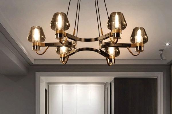 因為有了燈飾,  讓家,更顯得溫馨,具有溫度與感情。